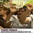 """Des femmes de chambre manifestent devant le tribunal de New York, le 6 juin 2011. Elles crient """"Shame on you"""" (""""Honte à toit"""") !"""