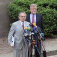 Benjamin Brafman et William Taylor lors de leur conférence de presse le 6 juin 2011