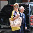 Même si elle a séduit un petit jeune, côté look, Kirstie Alley a encore des efforts à faire ! New York le 7 juin 2011