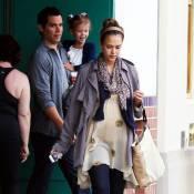 Jessica Alba : Tendres moments en famille pour la future maman