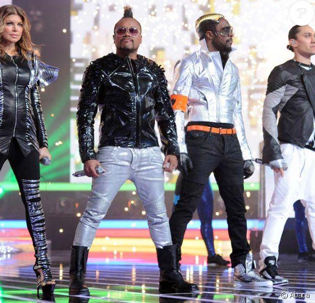 Les Black Eyed Peas sur le plateau de X Factor, sur M6, le 17 mai 2011.