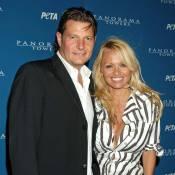 Pamela Anderson : Son ex contre-attaque et lui réclame une petite fortune