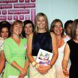 Maxima des Pays-Bas, bien entourée, était la vedette du jubilé du programme Importante visant à promouvoir la place des femmes dans la société, à La Haye, le 28 juin 2011.