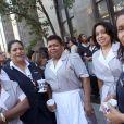 Les femmes de chambre de New York affluent devant le tribunal de Manhattan pour manifester leur soutien à la victime présumée de DSK.