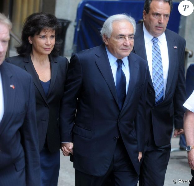 DSK et son épouse Anne Sinclair au tribunal le 6 juin à New York.
