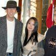 Nicolas Cage, sa femme Alice Kim et son fils Weston Cage, en 2004