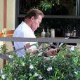 Arnold Schwarzenegger et sa fille Katherine, dans le quartier de Brentwood pour le déjeuner, à Los Angeles, le 7 juillet 2011.