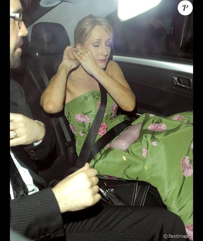J.K. Rowling se rend à l'after-party de l'avant-première ...