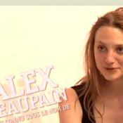 Alex Beaupain et L y vont Franco : Il se moque d'L, et elle le déshabille