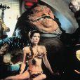 Carrie Fischer, alias Princesse Leïa, dns Le Retour du Jedi avec son célèbre bikini doré