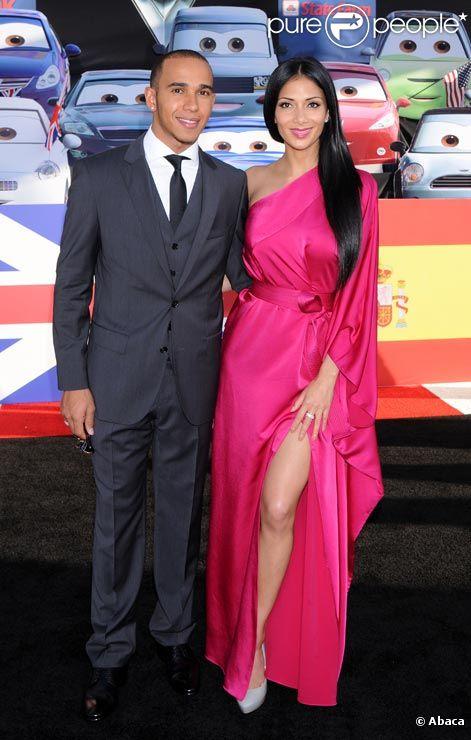 Nicole Scherzinger et Lewis Hamilton posent lors de la première de Cars 2 à Los Angeles en juin 2011