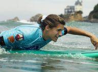 Amélie Mauresmo tout sourires et Lizarazu tout muscles ont surfé avec les pros