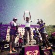 Carissa Moore, battue en finale par Stephanie Gilmore (qu soulève le trophée), est devenue à 19 ans la nouvelle championne du monde de surf de l'ASP lors du Roxy Pro Biarritz 2011, le 15 juillet.