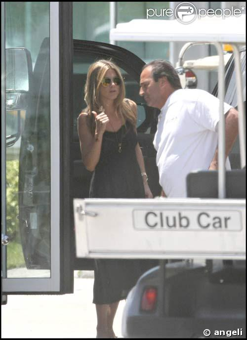 Jennifer Aniston et John Mayer quittent Miami, le 13/05/08