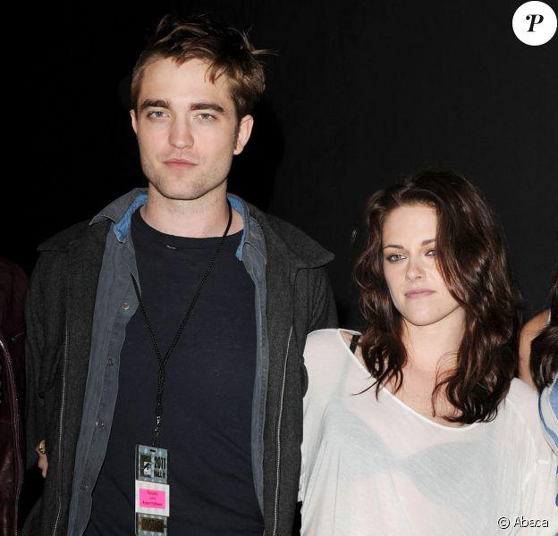 Robert Pattinson et Kristen Stewart lors de la promotion au Comic-Con de Twilight le 21 juillet 2011 à San Diego aux Etats-Unis