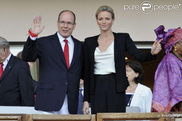 Le Prince Albert et la Princesse Charlene ont participé à leur seconde sortie officielle après leur lune de miel lors du meeting d'athlétisme comptant pour la Ligue de Diamant le 22 juillet 2011
