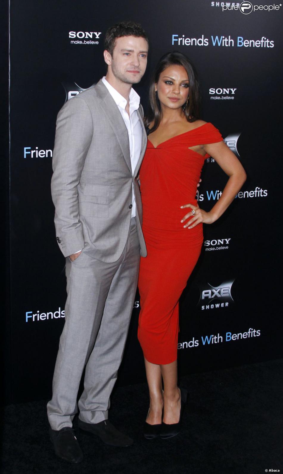 La Sublime Mila Kunis Sur Tapis Rouge Pour La Promotion De Sexe Entre Amis Avec Justin