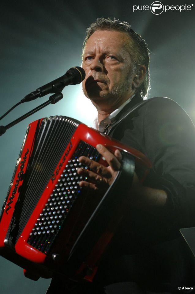 Renaud en concert en Suisse en 2007.