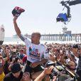 Kelly Slater a encore fait du grand art dimanche 7 août 2011 à   Huntington Beach, en Californie, pour remporter l'US Open de surf, plus   gros Prime Event de la saison. En route pour un onzième titre de  champion du monde.