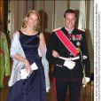 Le 30 mai 2001 au palais royal, à Oslo, pour la visite officielle de la reine Elizabeth.   Le 25 août 2011, le prince héritier Haakon de Norvège et la princesse Mette-Marit doivent célébrer leurs noces d'étain : 10 années d'un mariage et d'un amour parfaitement sereins, après des débuts controversés...