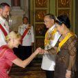 Le 13 juin 2006 à Bangkok pour le jubilé des 60 ans du règne du roi de Thaïlande.   Le 25 août 2011, le prince héritier Haakon de Norvège et la princesse Mette-Marit doivent célébrer leurs noces d'étain : 10 années d'un mariage et d'un amour parfaitement sereins, après des débuts controversés...