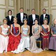 En mai 2006 au palais royal de Stockholm pour les 60 ans du roi Carl XVI Gustaf de Suède.   Le 25 août 2011, le prince héritier Haakon de Norvège et la princesse Mette-Marit doivent célébrer leurs noces d'étain : 10 années d'un mariage et d'un amour parfaitement sereins, après des débuts controversés...