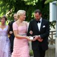 18 juin 2010, au dîner à la veille du mariage de Victoria de Suède.   25 août 2001 - 25 août 2011 : 10 ans de mariage pour le prince héritier Haakon de Norvège et la princesse Mette-Marit...