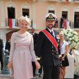 Au mariage du prince Albert de Monaco et de Charlene Wittstock, les 1er et 2 juillet 2011.   25 août 2001-25 août 2011 : 10 ans de mariage pour le prince Haakon et la princesse Mette-Marit de Norvège. Une union qui a triomphé des préjugés, un conte de fées des temps modernes.