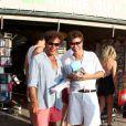 Les frères Bogdanoff ont profité de leur passage à St-Tropez pour dédicacer leur dernier ouvrage à la librairie du port, à St-Tropez, le 21 août 2011