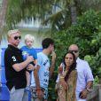 Pour l'anniversaire de son fils Elias le 4 septembre 2011, Boris Becker, qui ne lâche pas son petit dernier Amadeus, a pu compter sur la présence de son ex-femme Barbara Fulton et son fils aîné Noah.