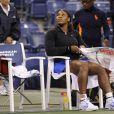 Serena Williams a longtemps patienté sur le court avant de voir son quart de finale de l'US Open face à Anastasia Pavlyuchenkova annulé le 7 septembre 2011
