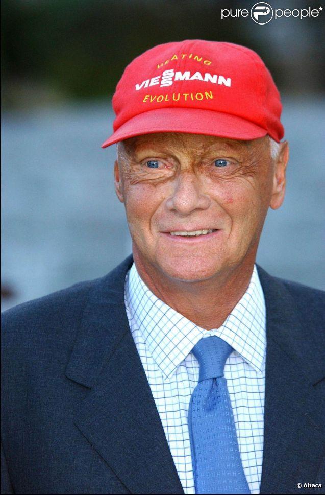Le champion de Formule 1 Niki Lauda en 2003