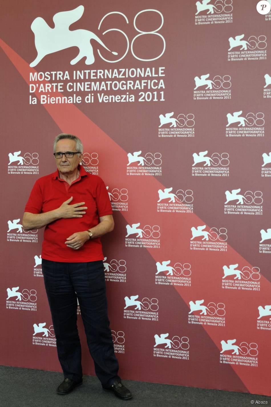 Marco Bellocchio pose sur le tapis rouge de la 68e Mostra de