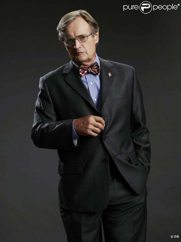 David McCallum interprète le rôle du Dr. Donald Mallard alias Ducky dans  NCIS .