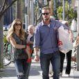 Rebecca Gayheart, enceinte, et son mari Eric Dane ont emmené leur fille Billie dans un magasin de jouets. Los Angeles, 11 septembre 2011