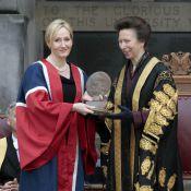 La princesse Anne étrenne sa présidence avec J.K. Rowling, émue et remarquable