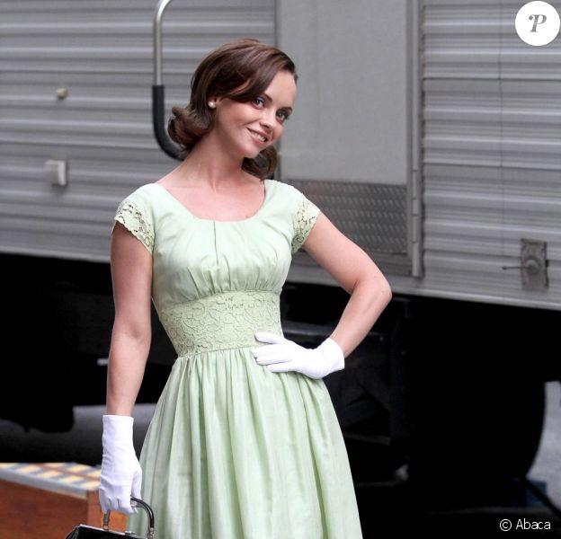 Christina Ricci sur le tournage de la série télé Pan Am. New York, 27 septembre 2011