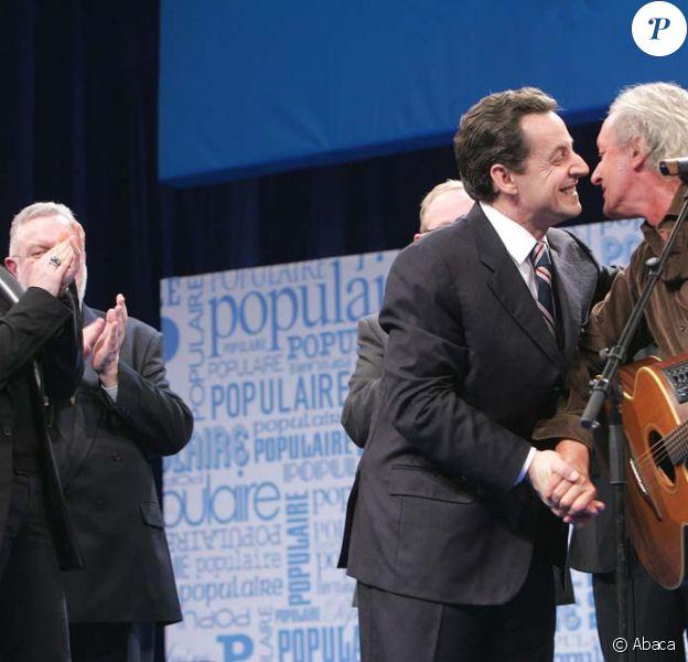 Didier Barbelivien et Nicolas Sarkozy, à Lille, le 28 janvier 2005.