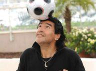 PHOTOS : Quand Maradona prend la Croisette pour un terrain de foot !