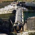 L'incroyable décor réconstruit dans les environs de Marseille pour Les Amant du Pont-Neuf