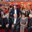 Michel Drucker, Douglas Kennedy, Pierre Schoendoerffer, Jacques Chancel, Liane Foly et Robert Hossein lors de l'enregistrement de Vivement dimanche à Paris (diffusion le 23 octobre 2011)