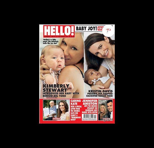 La couverture du magazine Hello - octobre 2011