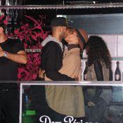Alicia Keys : Folle de son mari à Paris, elle porte son fils Egypt autour du cou