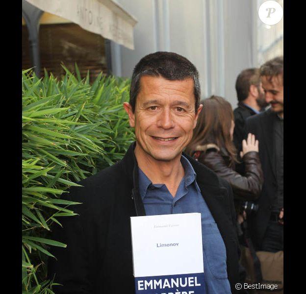 Emmanuel Carrère a reçu le prix Renaudot pour son livre Limonov, à Paris, le 2 novembre 2011.