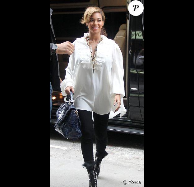 Beyoncé, radieuse dans les rues de New York le 3 novembre 2011
