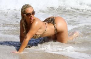 Coco Austin : Sulfureuse sur la plage, en bikini léopard pour son mari Ice-T