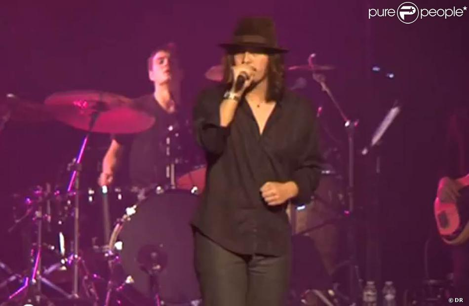 lulu gainsbourg lors de son concert paris mardi 8 novembre 2011 au casino de paris o son. Black Bedroom Furniture Sets. Home Design Ideas
