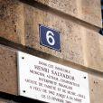 La plaque en hommage à Henri Salvador dévoilée à Paris le 9 novembre 2011.