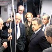 Nicolas Sarkozy : Le jeune papa prend le RER et surprend les passagers !