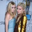 Les jumelles Olsen, reconnues pour l'empire mode qu'elles ont créées avec deux marques de vêtements et un site web de vente de t-shirts customisés.